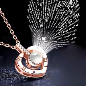 NEW Heart Pendant Projection I love you Necklace